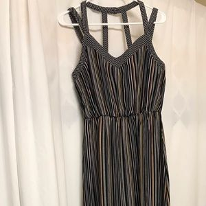 Dresses & Skirts - NWOT Maxi dress